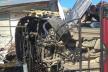 У Чернівцях водій елітної іномарки врізався у два будинки (фото)