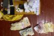 Трьом ув'язненим Буковини, які організували постачання наркотиків до колонії, повідомили про підозру