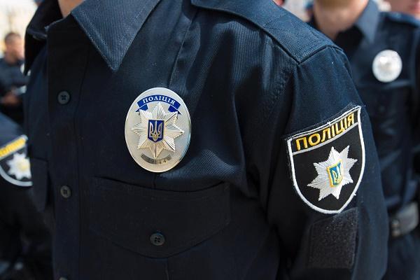 Поліція затримала банду, що «розкрутила» підприємця на 300 тис грн