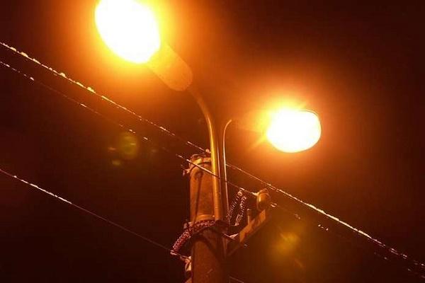 Графік включення і відключення вуличного освітлення у Чернівцях