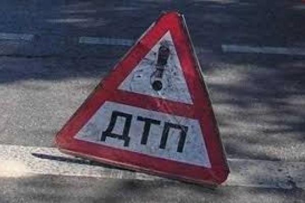 ДТП у Чернівцях: «Лексус» збив пішохода
