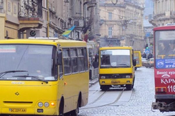 Проїзд у маршрутках Буковини може подорожчати