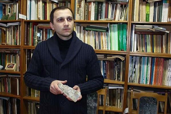 Золоту діадему з коштовним камінням знайшли у Шубранці