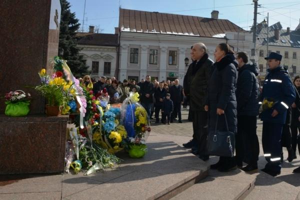 Чернівецькі рятувальники вшанували Шевченка (Фото)