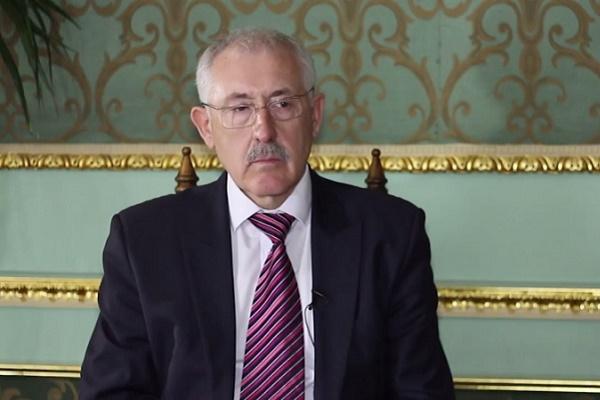 Голова Чернівецької ОДА їздив до Києва шукати «дах»?