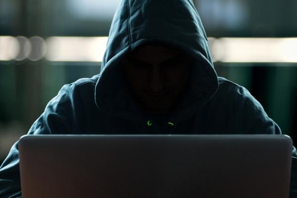 Буковинський хакер поставив усіх «на вуха»