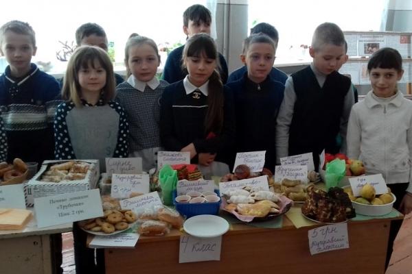 Учні Буковини зібрати кошти для бійців АТО (Фото)