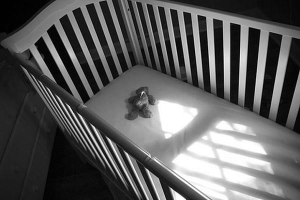 У Чернівцях батьки померлого немовляти звинувачують лікарів у бездіяльності (Відео)