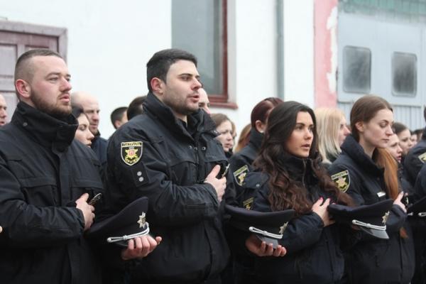 Олег Стецевич відзначив 2-у річницю створення Управління патрульної поліції в Чернівецькій області