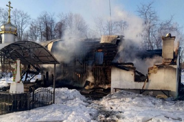 В Чернівецької області згоріли 2 церкви
