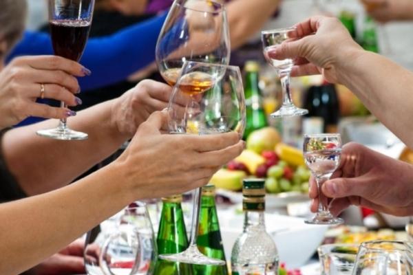 Чи заборонять продаж алкоголю у нічний час у Чернівцях?