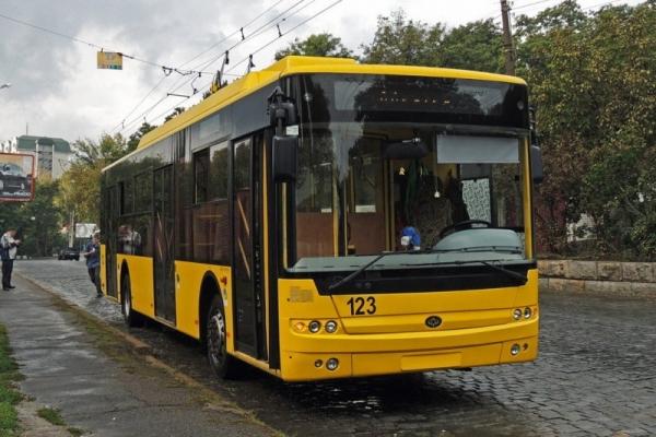 Тролейбуси дніпровської фірми «Літан» випробовуватимуть на місцевих маршрутах Чернівців