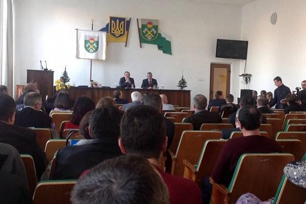 У Чернівецькій області райрада відхилила план децентралізації