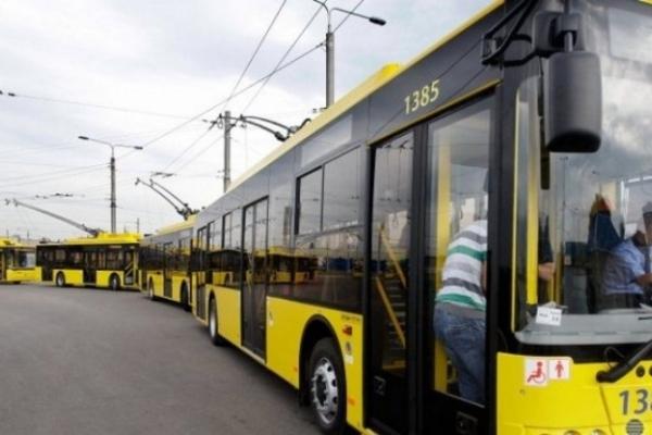 Чернівецьким водіям тролейбусів підвищать зарплату