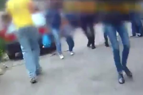 Із кастингу - у наручники: чернівецькі патрульні вгамували чоловіка (Відео)