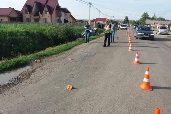 На Буковині під колесами авто загинула дитина