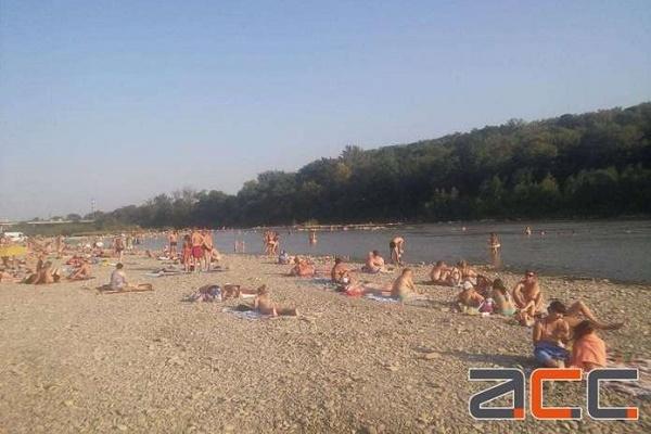 Чернівецький пляж у списку небезпечних пляжів України (Інфоргафіка)