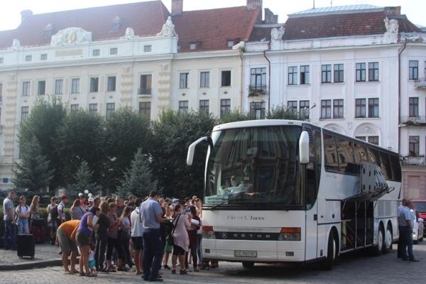 Діти буковинських пільговиків поїхали на відпочинок у Молдову