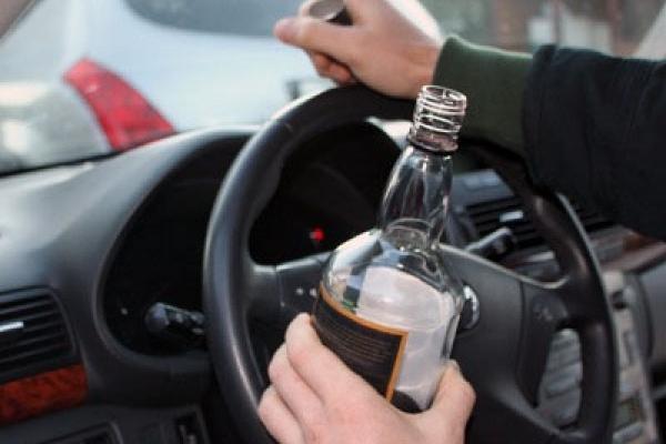 Буковинські патрульні затримали водія, стан сп'яніння якого в 11 разів перевищував норму