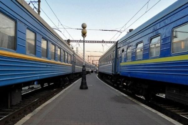 Увага: розклад руху поїзда «Львів-Чернівці» змінено