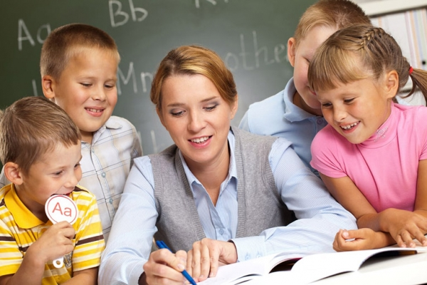 Педагогам Буковини: яким повинен бути вчитель перших класів