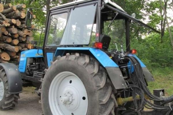 На Буковині розслідують смерть тракториста трелювального трактора