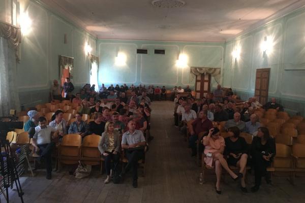 На Буковині шість депутатів написали заяви на складання повноважень