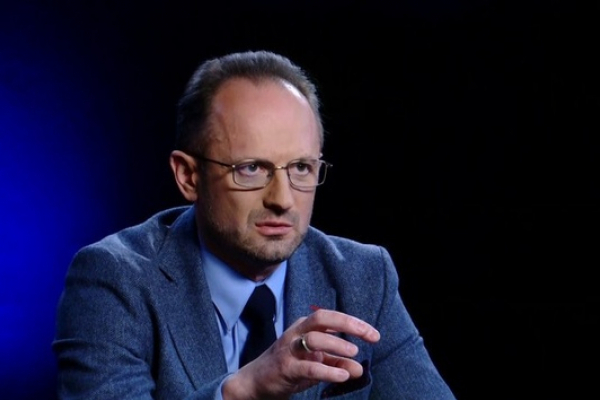 Переговори по Донбасу з самого початку треба було проводити не в Мінську - Безсмертний