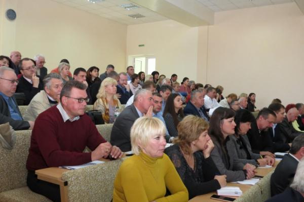 На Буковині обговорили питання дитячої стоматології, запобігання туберкульозу та підготовку медсестер