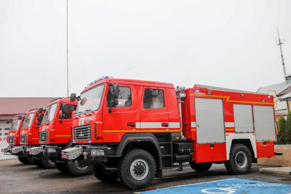 Рятувальники Буковини отримали нові пожежні автомобілі