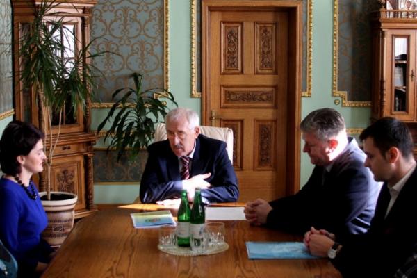 Олександр Фищук відзначив керівників обласних закладів дитячого оздоровлення