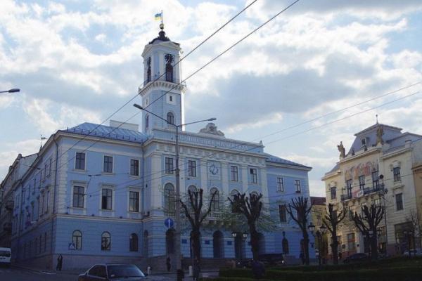 Чернівчан запрошують на громадські слухання щодо зміни тарифів на проїзд в громадському транспорті