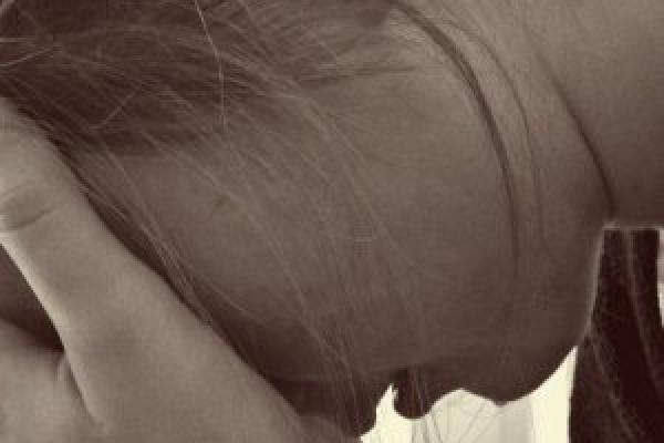 На Буковині батько гвалтував власну доньку