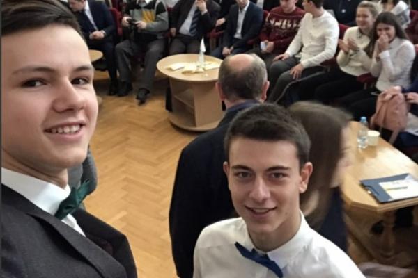Дев'ятеро буковинців отримали стипендію Президента України