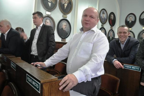 У Чернівцях міськрада виділила 1 млн грн податківцям, з якими судиться Продан