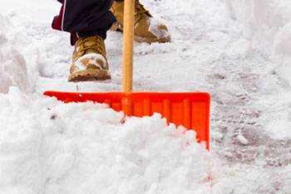 Чернівчан штрафуватимуть за неприбраний сніг