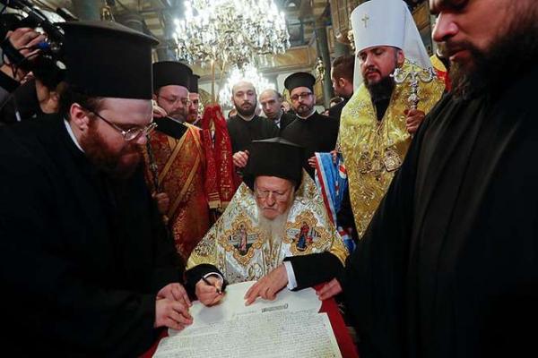 Чернівецька область - серед лідерів з об'єднання церков