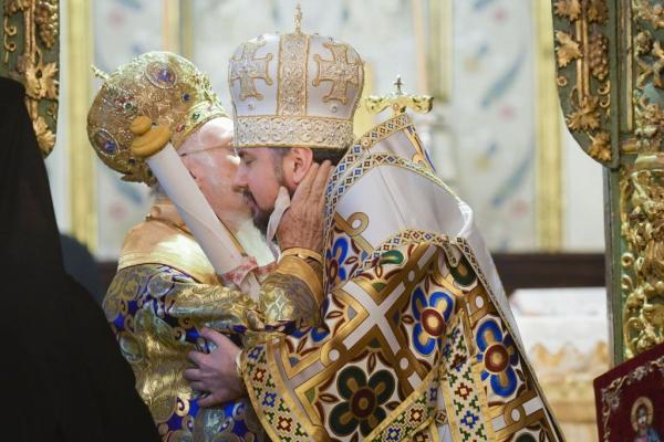 Святійший Вселенський Патріарх Варфоломій підписав Томос про автокефалію Української Православної Церкви