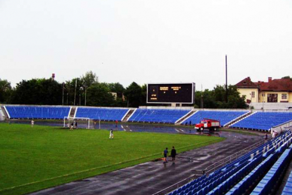 У Чернівцях підтримали петицію про ремонт легкоатлетичної доріжки