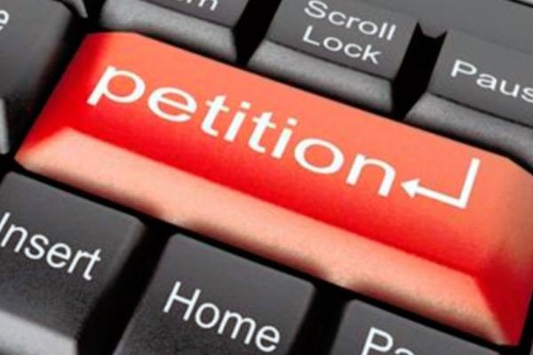 Чернівчани підтримали нову петицію