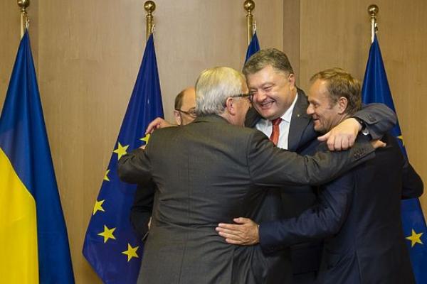 Порошенко залучив структури Євросоюзу для забезпечення чесних виборів