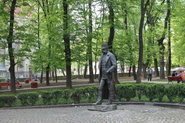 Петиція щодо скверу на вулиці Кордуби у Чернівцях набрала достатньо голосів