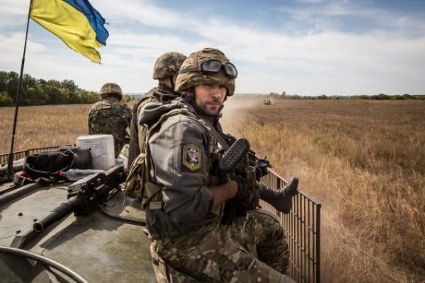 У Чернівецькій області триває набір кандидатів на контракту службу у ЗСУ