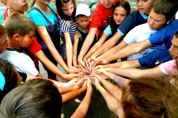 На літнє оздоровлення дітей з міського бюджету Чернівців виділено майже 7 мільйонів гривень