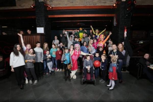 Для дітей з інвалідністю влаштували Великоднє свято у Чернівцях (Фото)