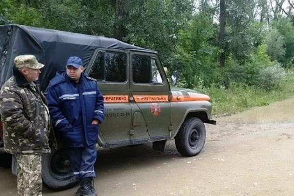 Через підйом води у Черемоші на Буковині є загроза прориву дамби