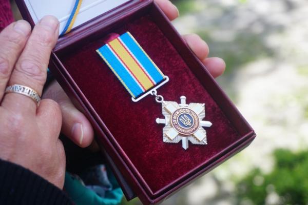 Загиблого героя з Чернівців посмертно нагородили орденом «За мужність» III ступеня