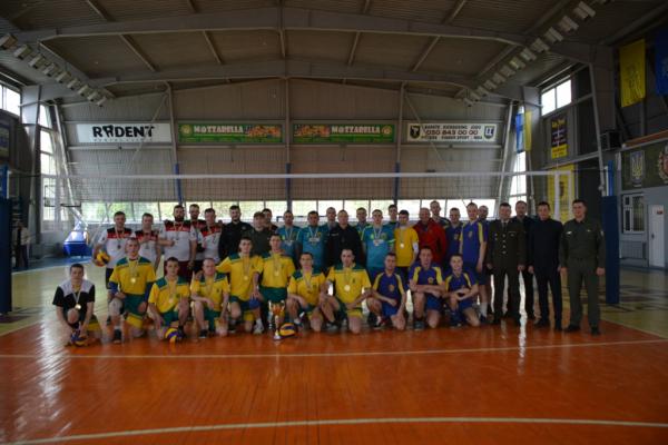 Чернівецькі рятувальники стали призерами турніру з волейболу (Фото)