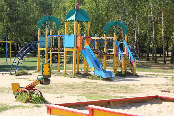 Чернівчани просять облаштувати спортивно-ігровий майданчик на вулиці Ясській