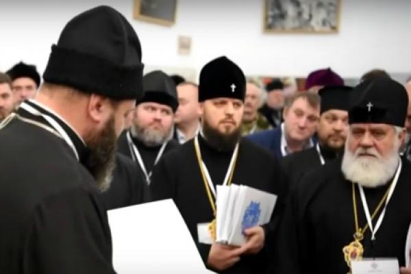 Справи православні: за ліквідацію УПЦ КП не голосував лише один священник, бо не вірив Петру Порошенку (відео)